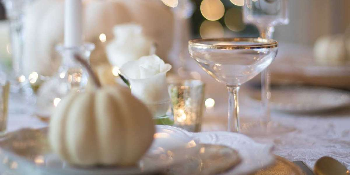 How to Decorate for Thanksgiving: Expert Ideas from Interior Designers