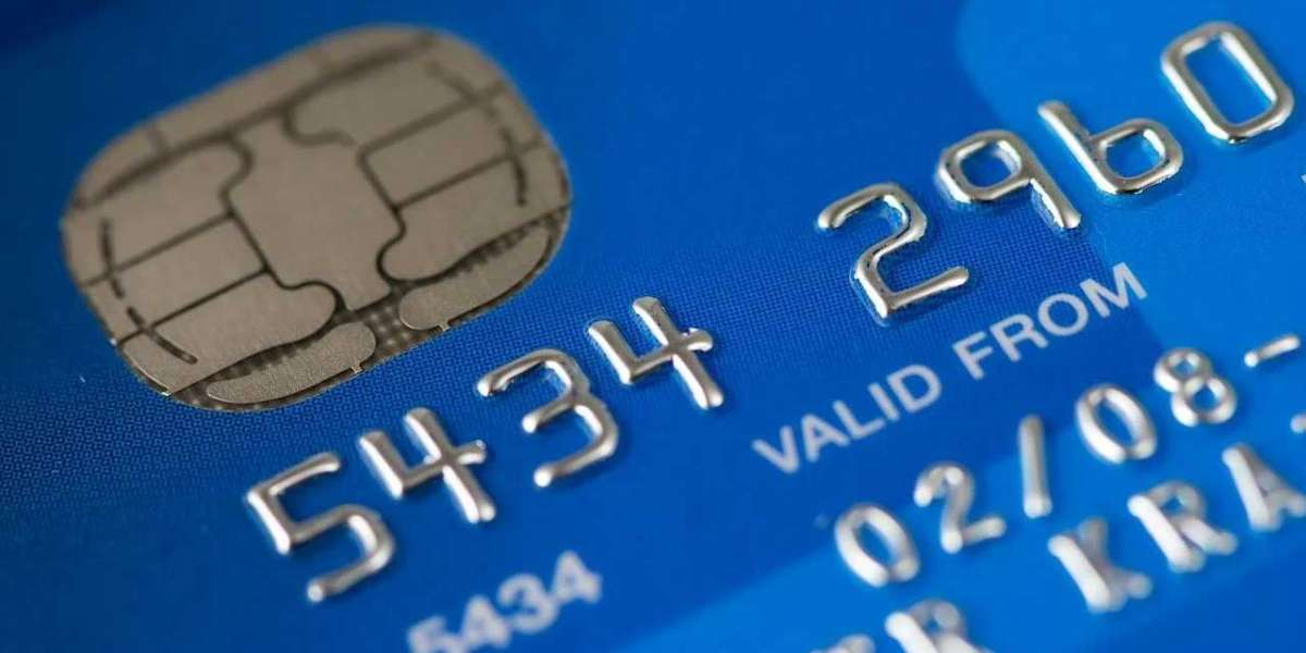Thinking of Making a Banking Change? Here's How To Compare Bank Accounts