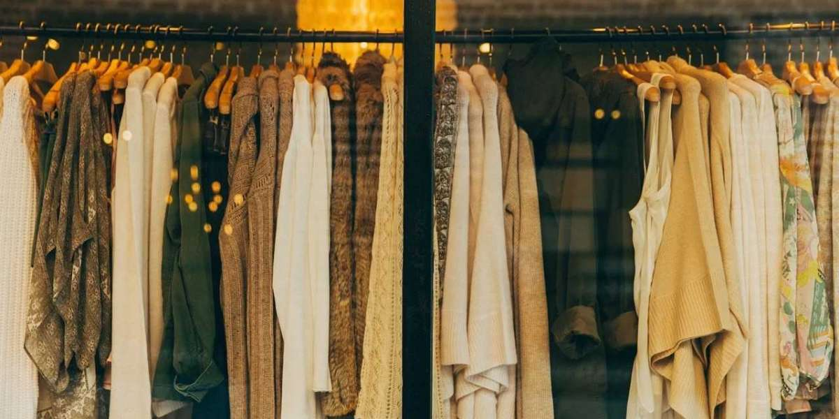 Our Guide for Where to Buy Second Hand Clothing