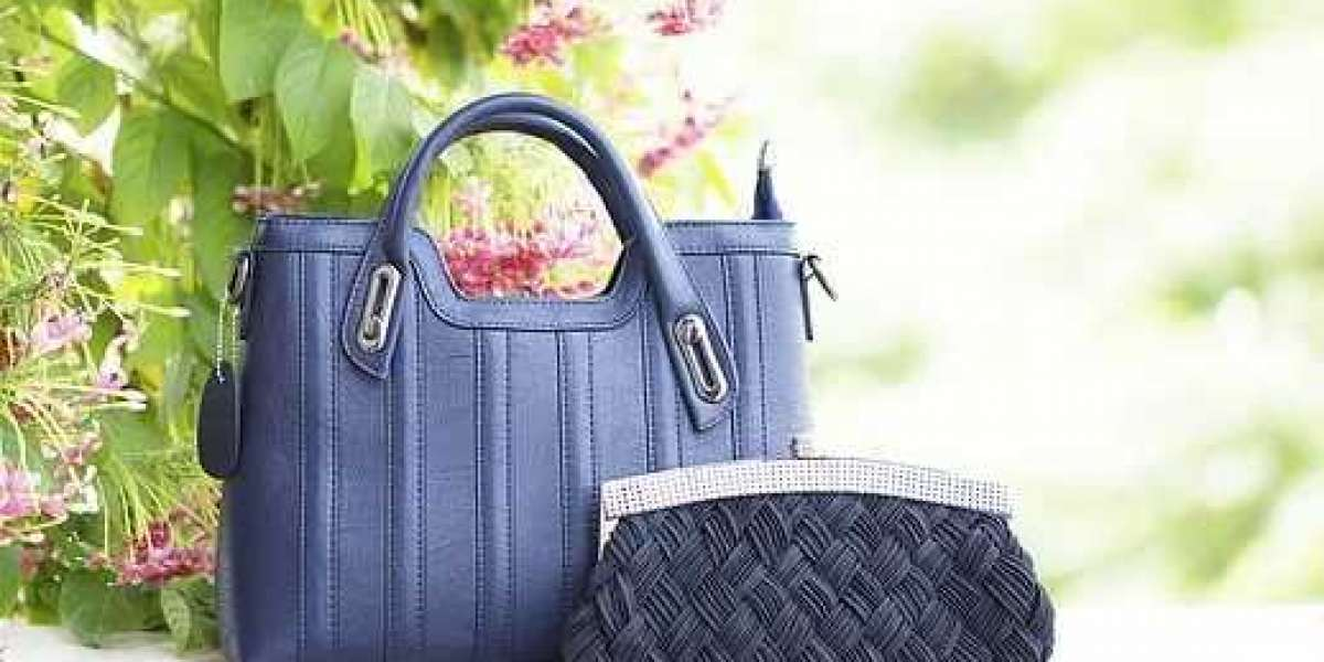 Making Your Handbag Stand Out for the Right Reasons