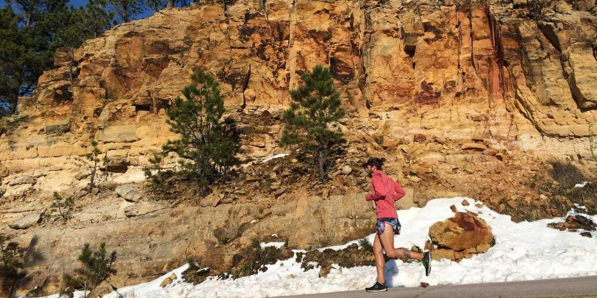 9 WAYS TO AVOID THE FITNESS CLIFF