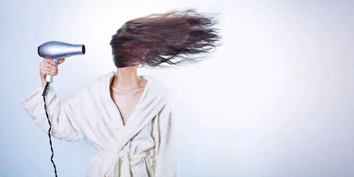 5 NATURAL TECHNIQUES TO CARE FOR DRY HAIR