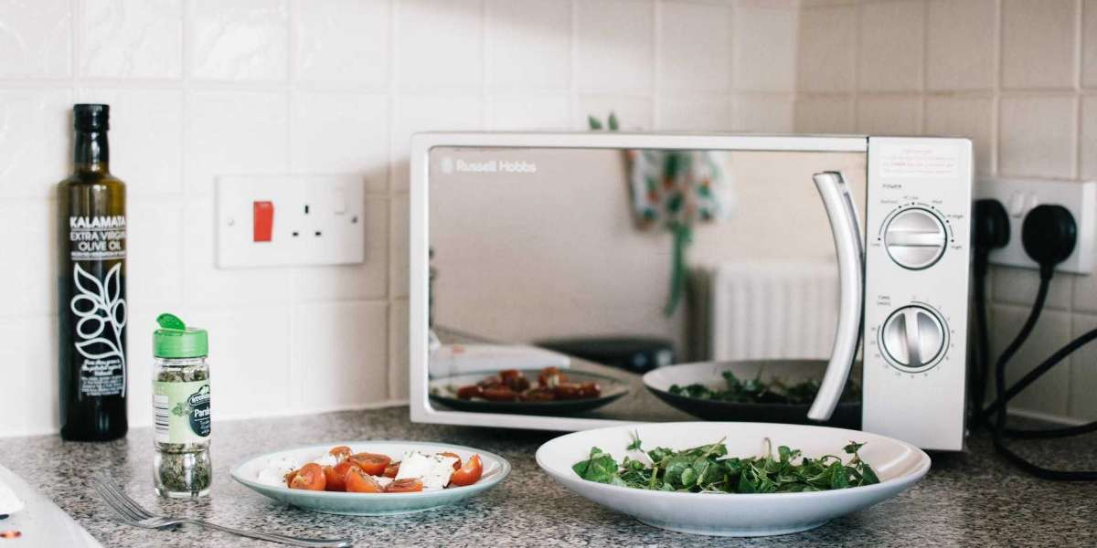 9 Time-Saving Microwave Hacks for Faster Meals