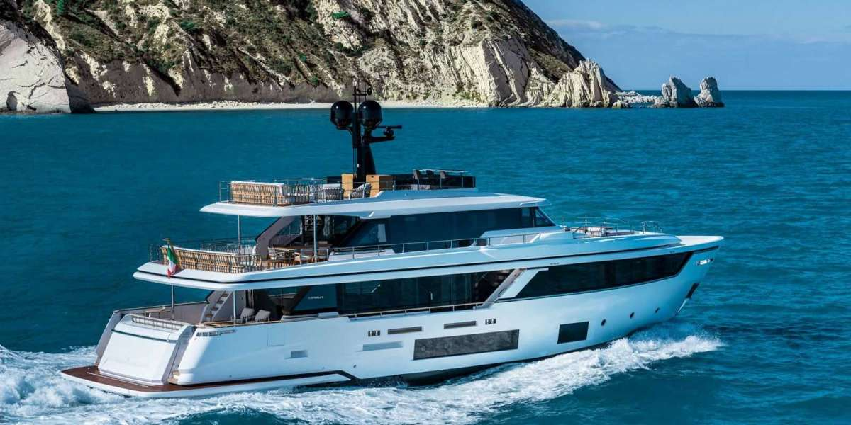 """Navetta 30, Celebrating Three Paradigms of """"Made in Italy"""" Excellence"""