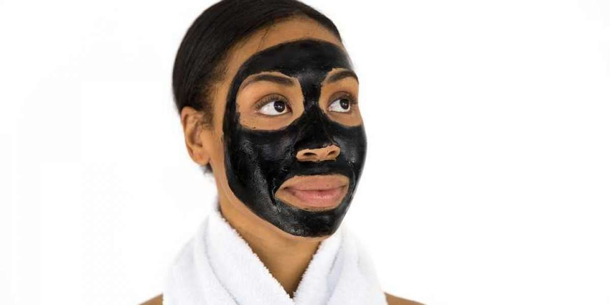 HOW ACTIVATED CHARCOAL BENEFITS YOUR SKIN FOR THE ULTIMATE DETOX