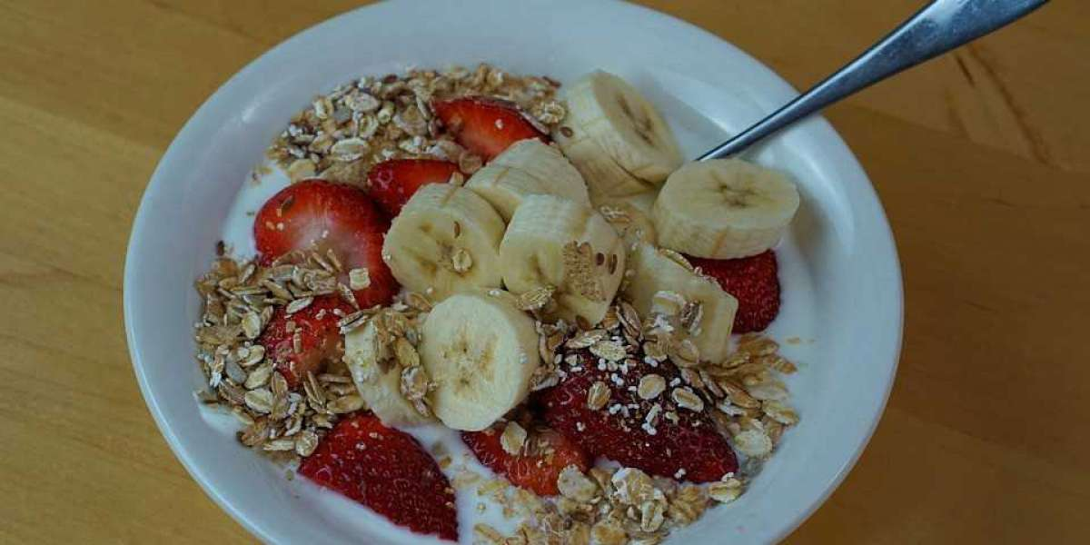 Is Oatmeal Healthy? Here's What a Nutritionist Wants You to Know