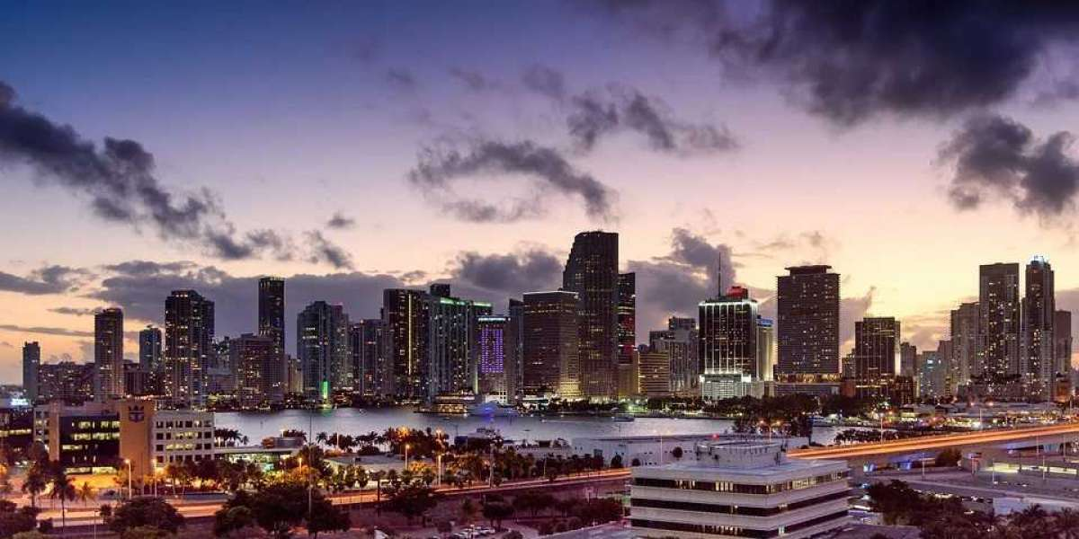 Pros and Cons of Moving to Miami, Florida