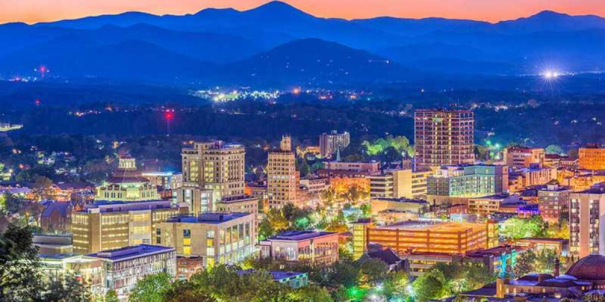 From Arts and Crafts to Brews and Views, Experiencing Asheville's Creative Community