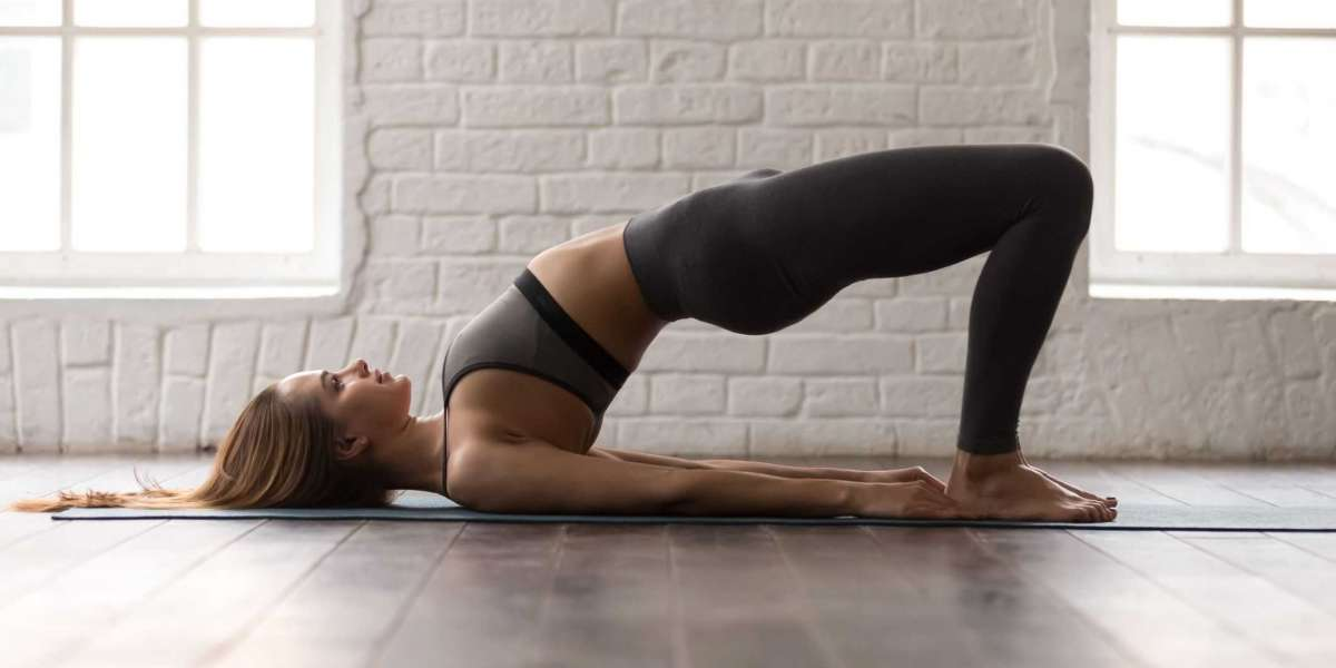 4 Yoga Moves to Strengthen Your Core and Pelvic Floor