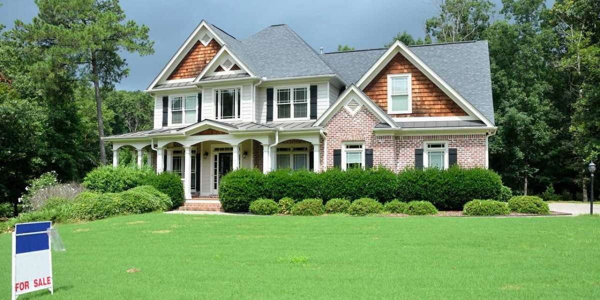 Pricing a Home for Sale: Why It's Important to Do It Right and How to Hit the Sweet Spot